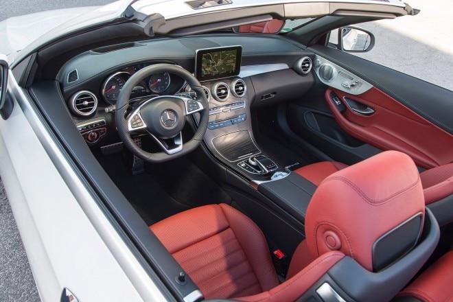 2017 Mercedes Benz C300 Cabriolet cabin