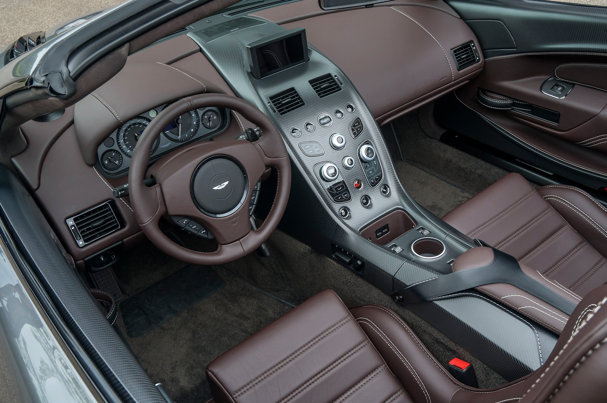 The OneOff Aston Martin Vantage GT Roadster Is Delightfully - Aston martin db9 manual transmission