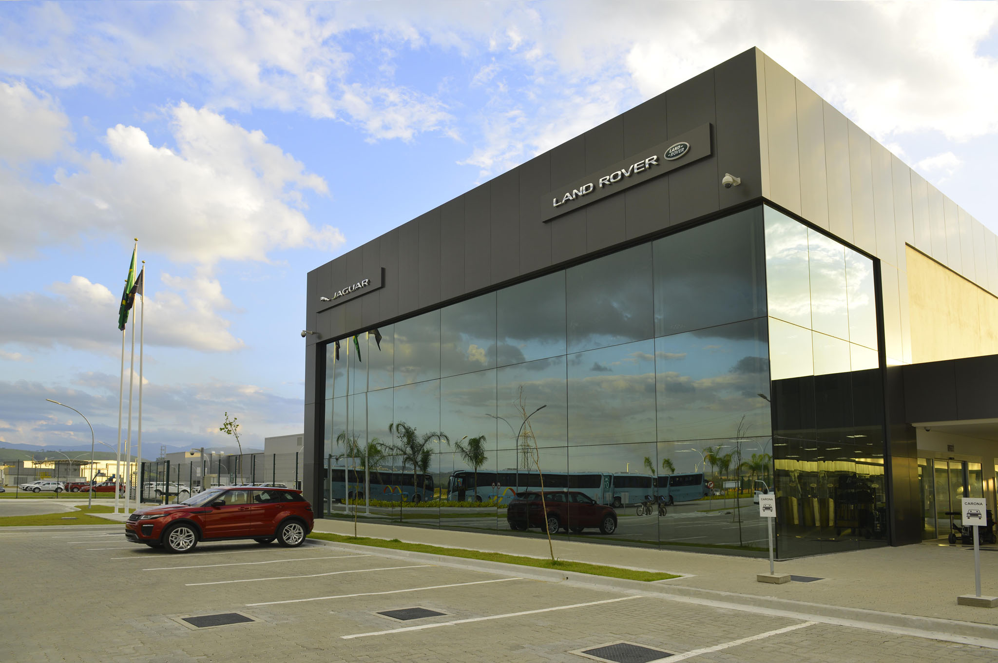 jaguar land rover opens new facility in brazil | automobile magazine