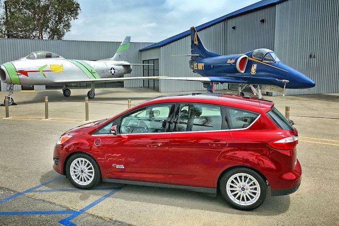 2016 Ford C Max Energi Sel Side Profile 03