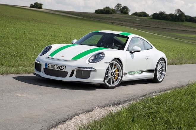 2016 Porsche 911 R Front Three Quarter 4
