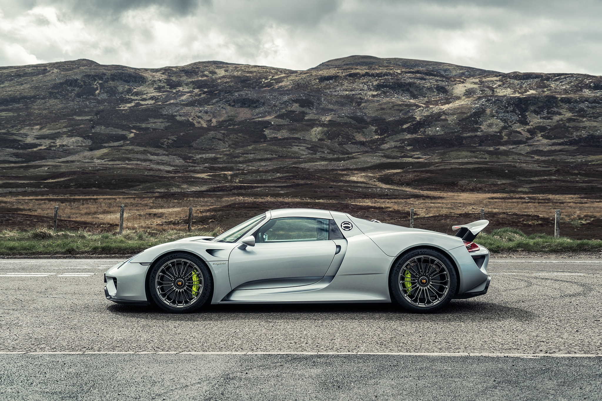 Porsche 918 Spyder Reimagined With A 2018 Facelift Automobile Magazine