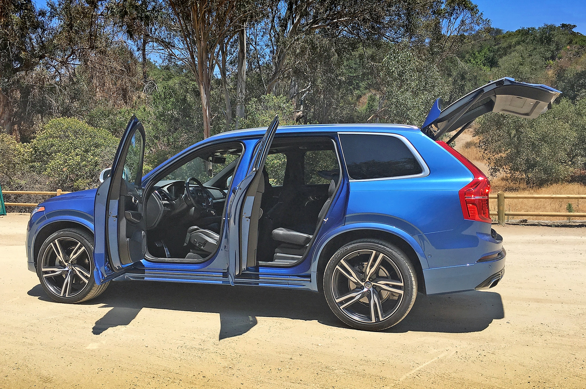 One Week With: 2016 Volvo XC90 T6 AWD R-Design | Automobile