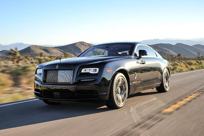2017 Rolls Royce Wraith Black Badge Front Three Quarter In Motion 06