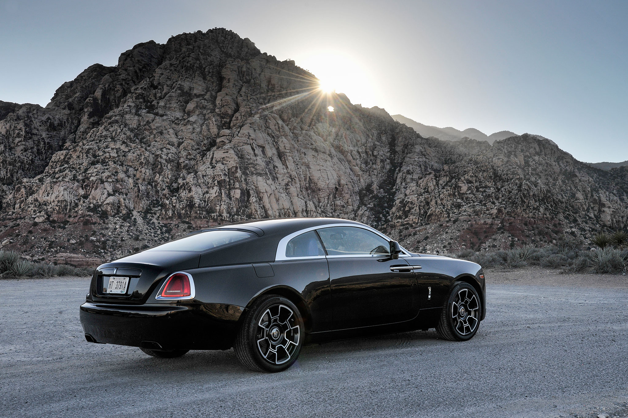 Rolls Royce Wraith Msrp >> 2017 Rolls-Royce Wraith Black Badge First Drive