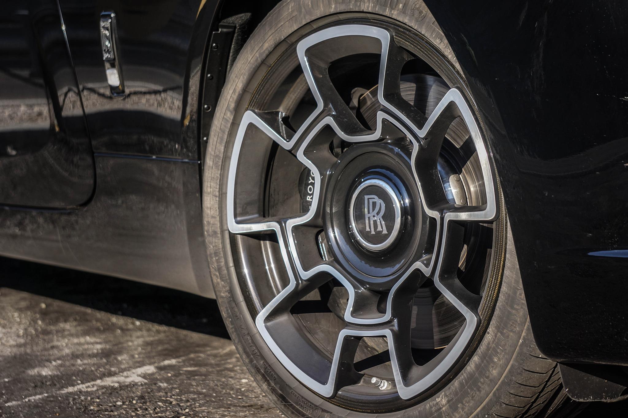 The Wraith Car >> 2017 Rolls-Royce Wraith Black Badge: 13 Things to Know