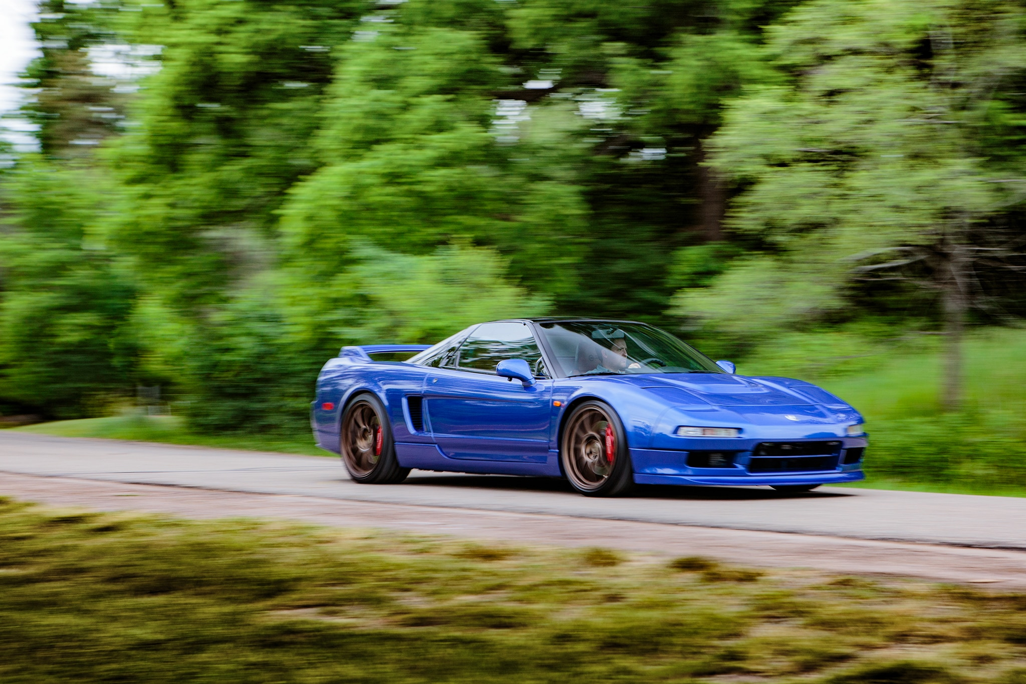 Acura NSX Clarion Front Three Quarter In Motion 02