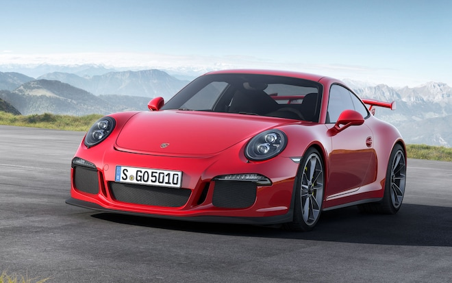 Porsche 911 GT3 Front Left View 32