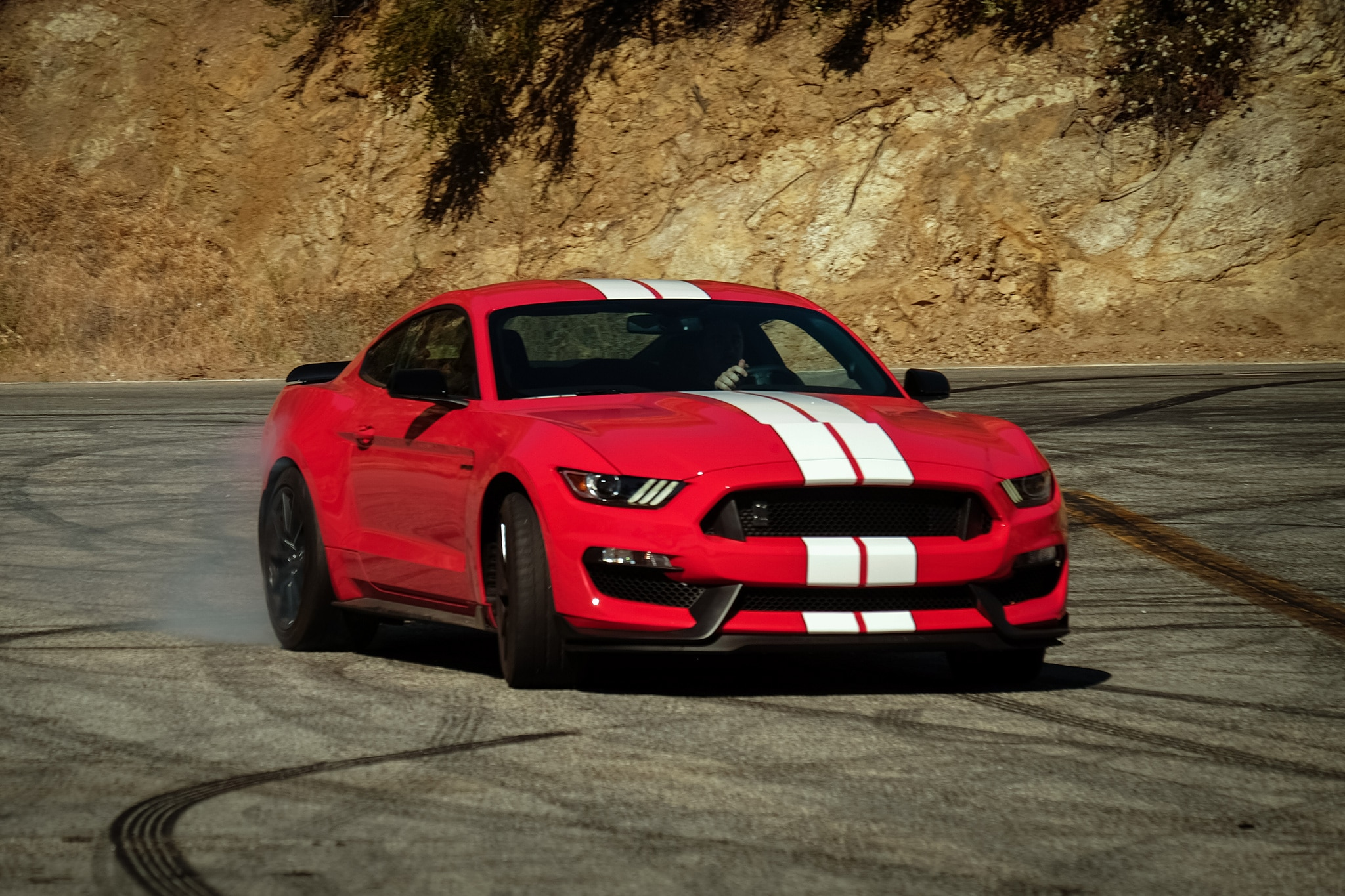 2016 Ford Mustang Shelby GT350 Front Three Quarter In Motion 05