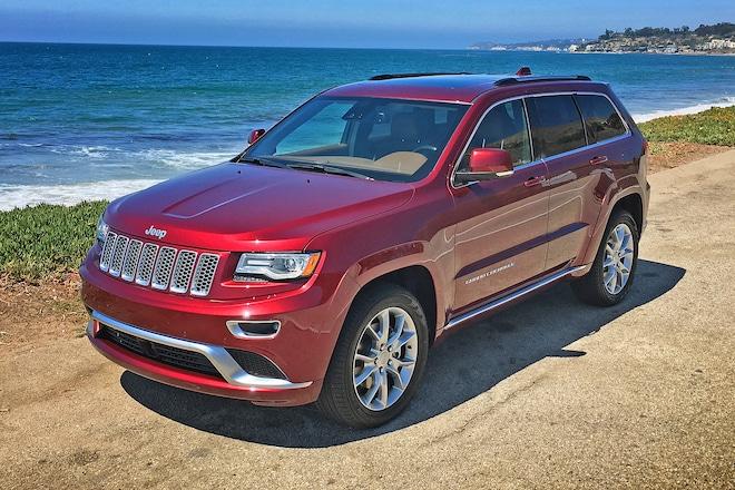 2016 Jeep Grand Cherokee Summit 4 4 EcoDiesel Front Three Quarter 02