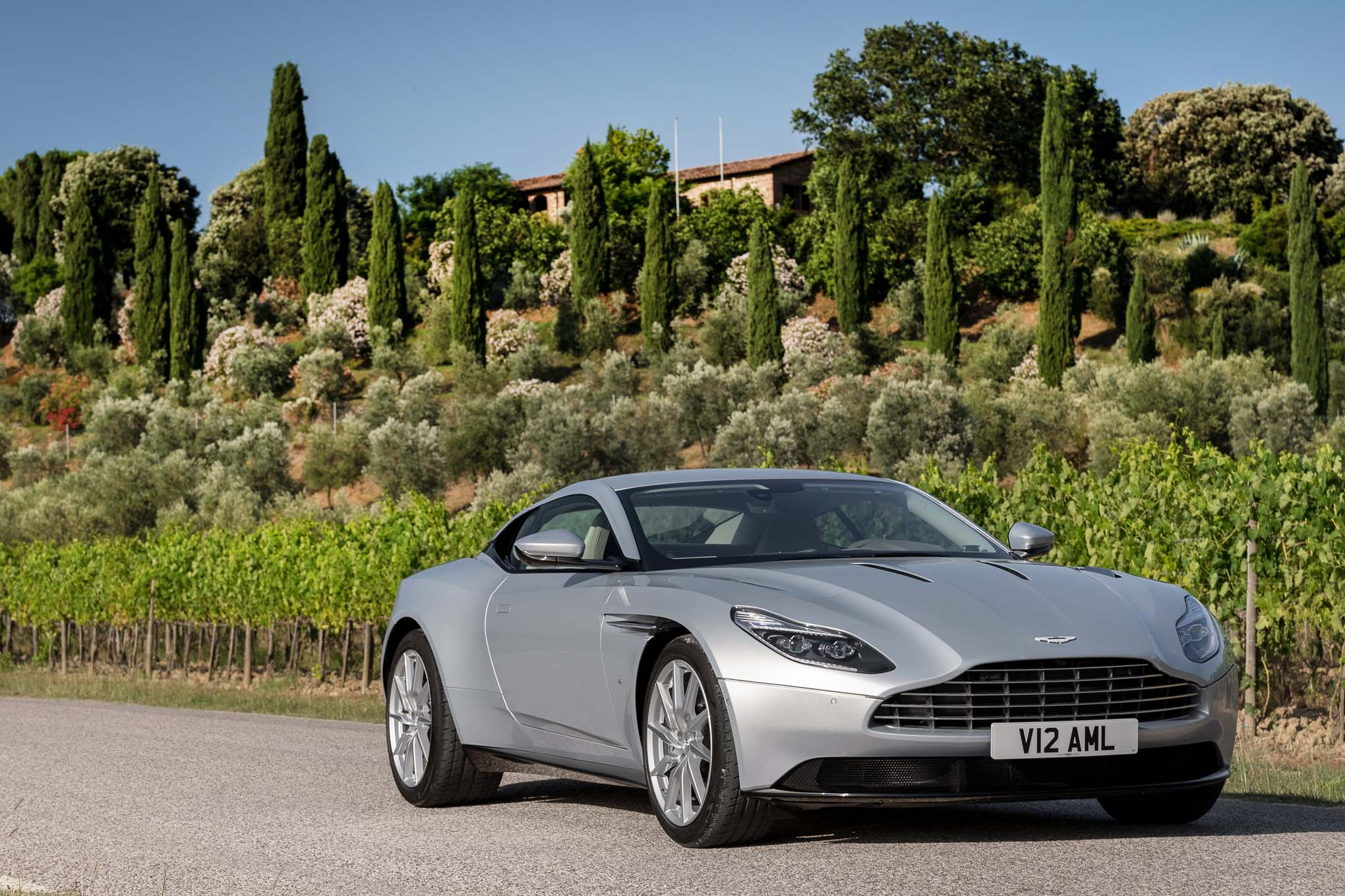 2017 aston martin db11 first drive automobile magazine. Black Bedroom Furniture Sets. Home Design Ideas