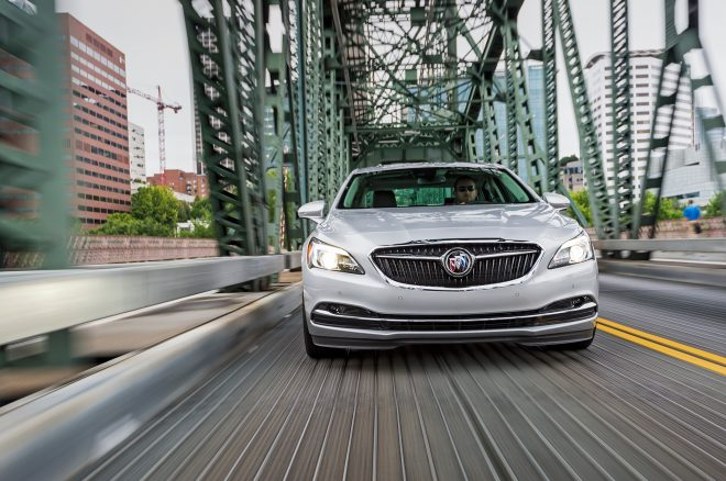 2017 Buick LaCrosse front end in motion 02