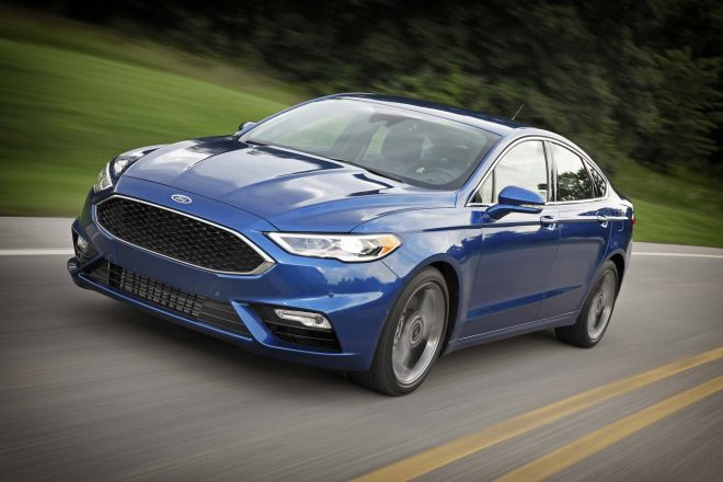 2017 Ford Fusion Sport front three quarter in motion 02