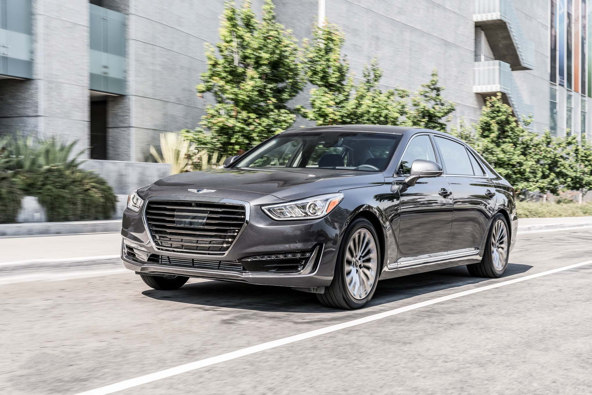 2017 Genesis G90 Front Three Quarter In Motion 02