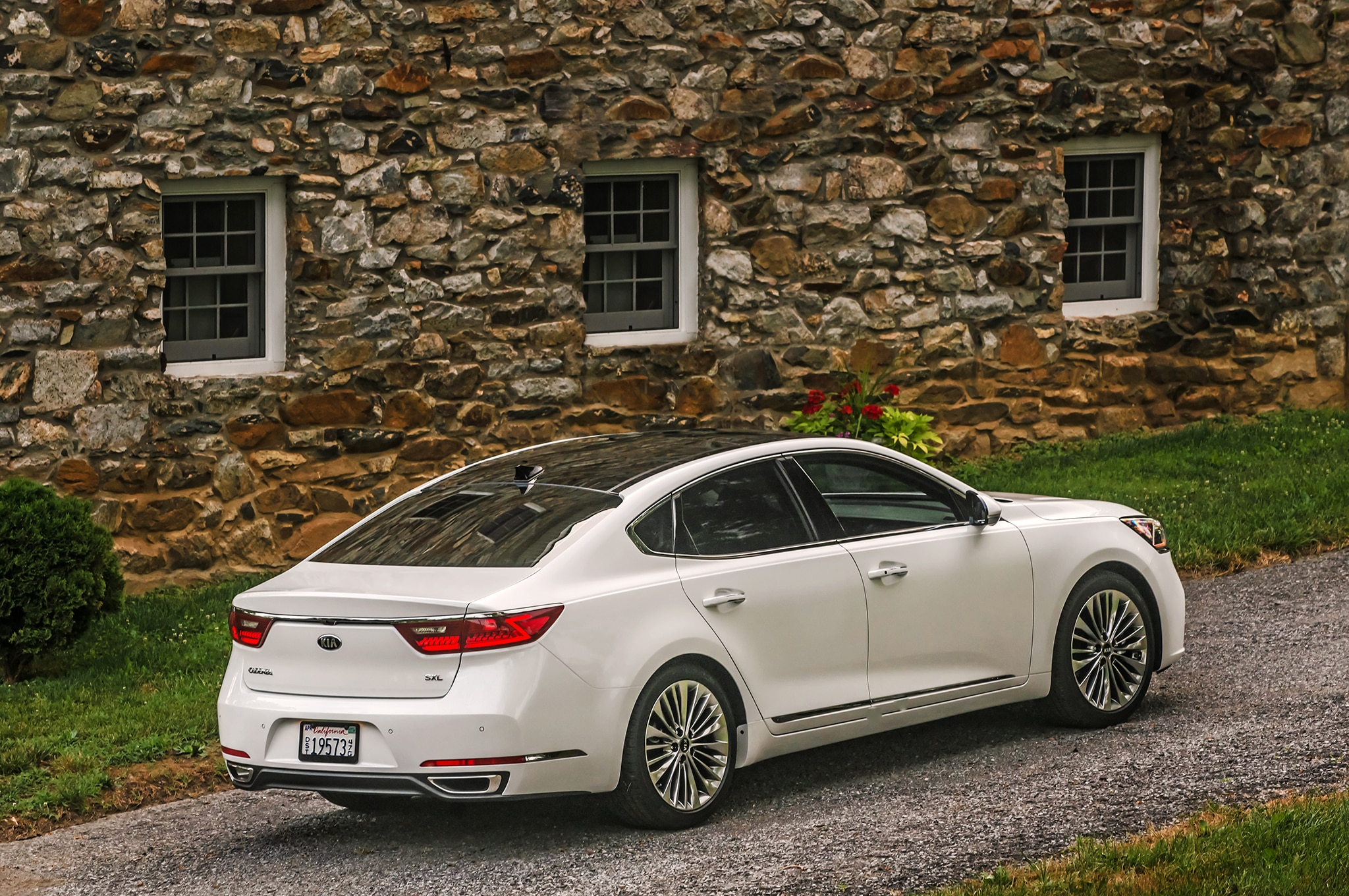 First Drive 2017 Kia Cadenza Limited Automobile Magazine