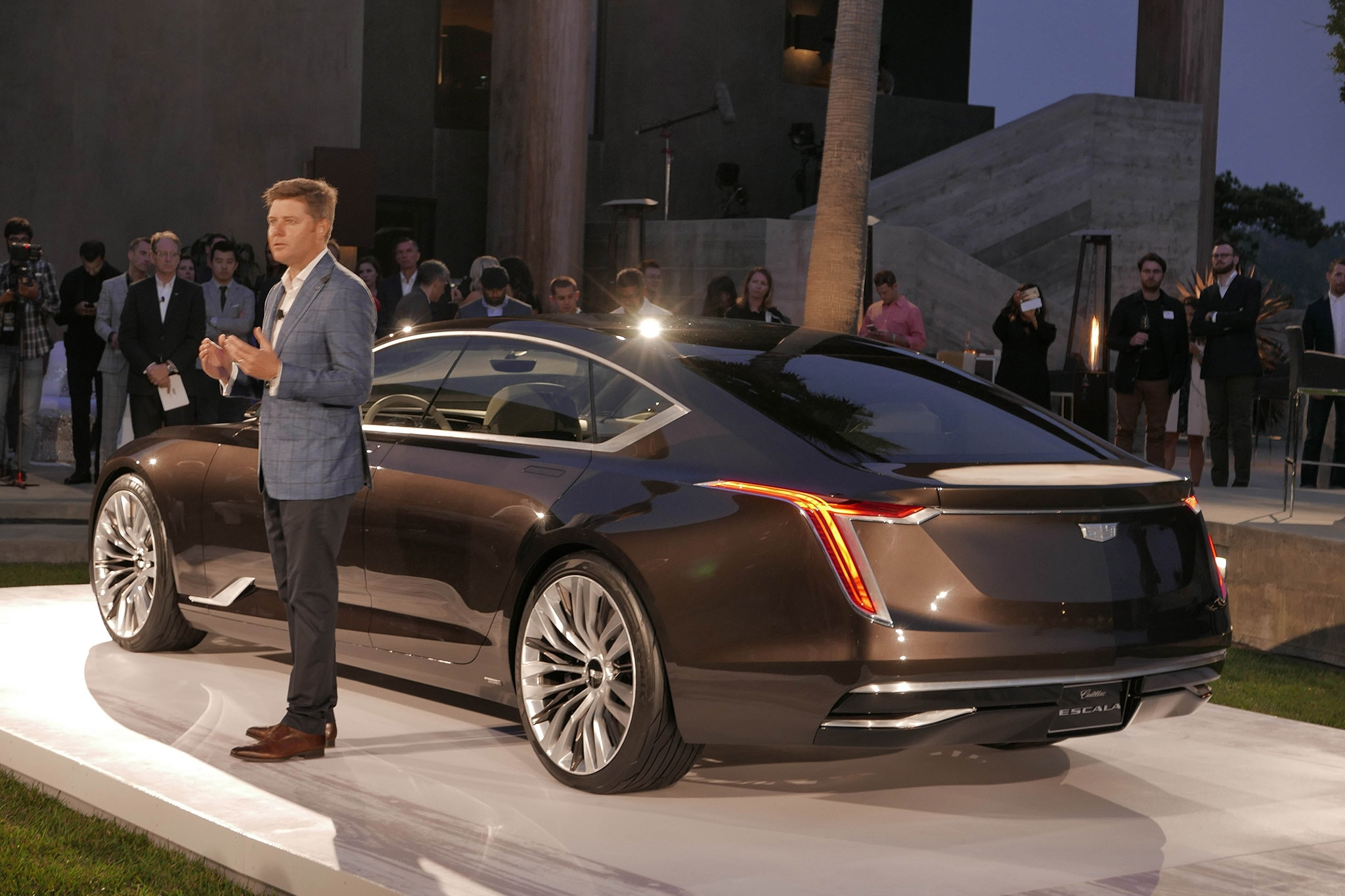 Cadillac Escala Debuts At Pebble Beach | Automobile Magazine