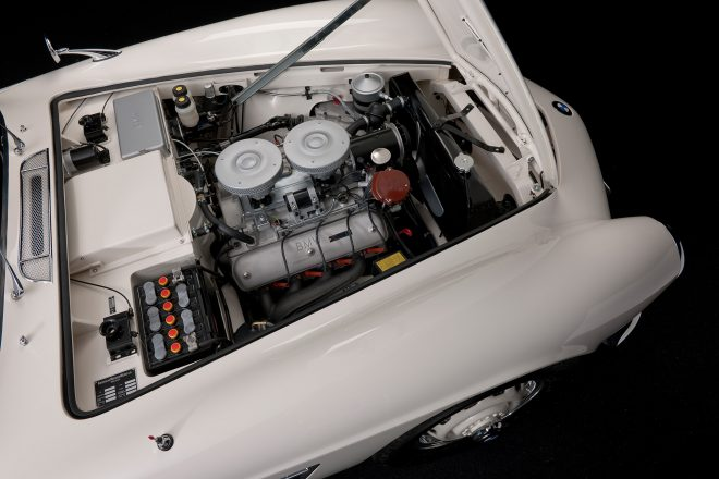 Elvis BMW 507 engine