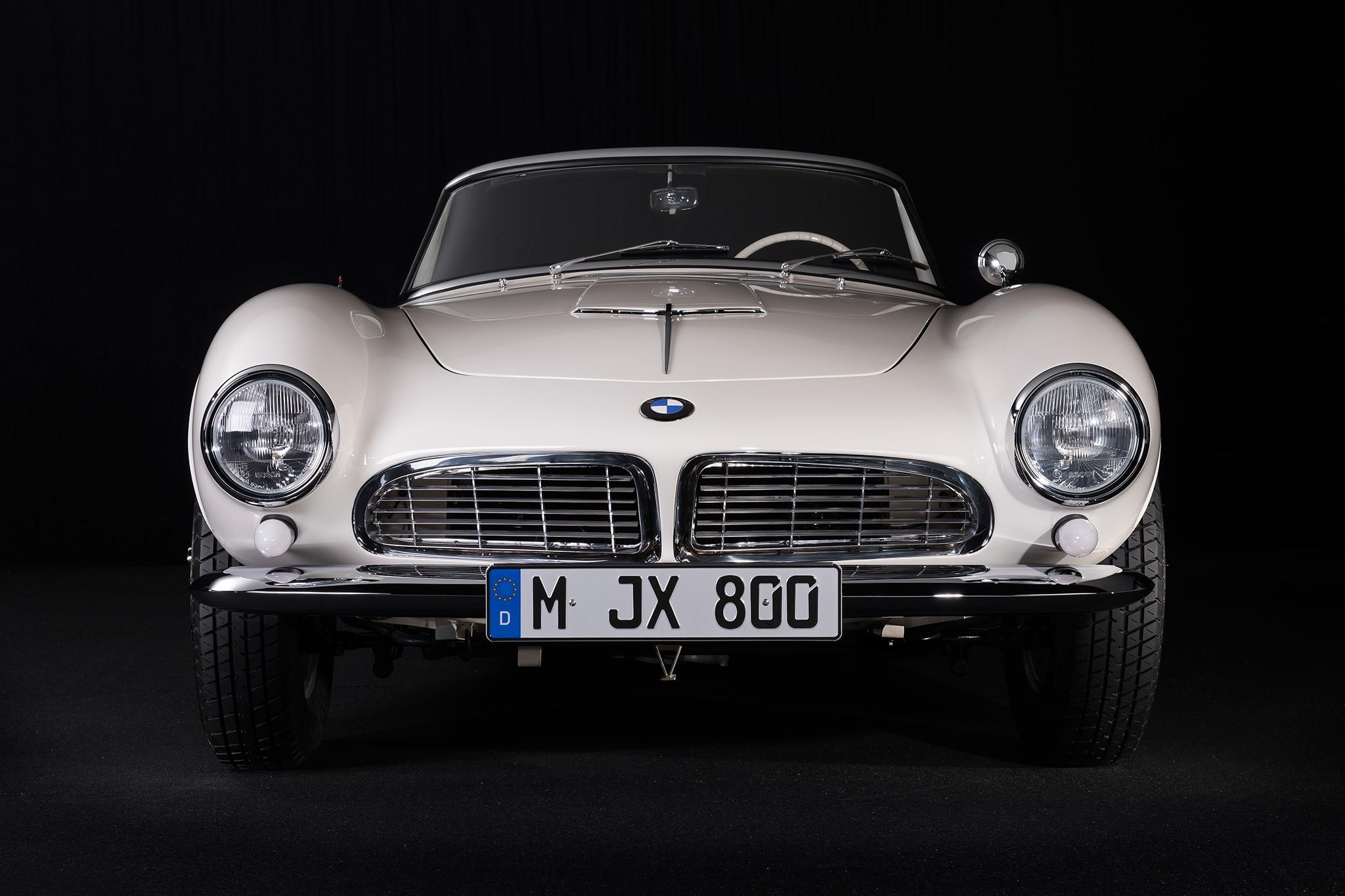 Elvis BMW 507 Front View