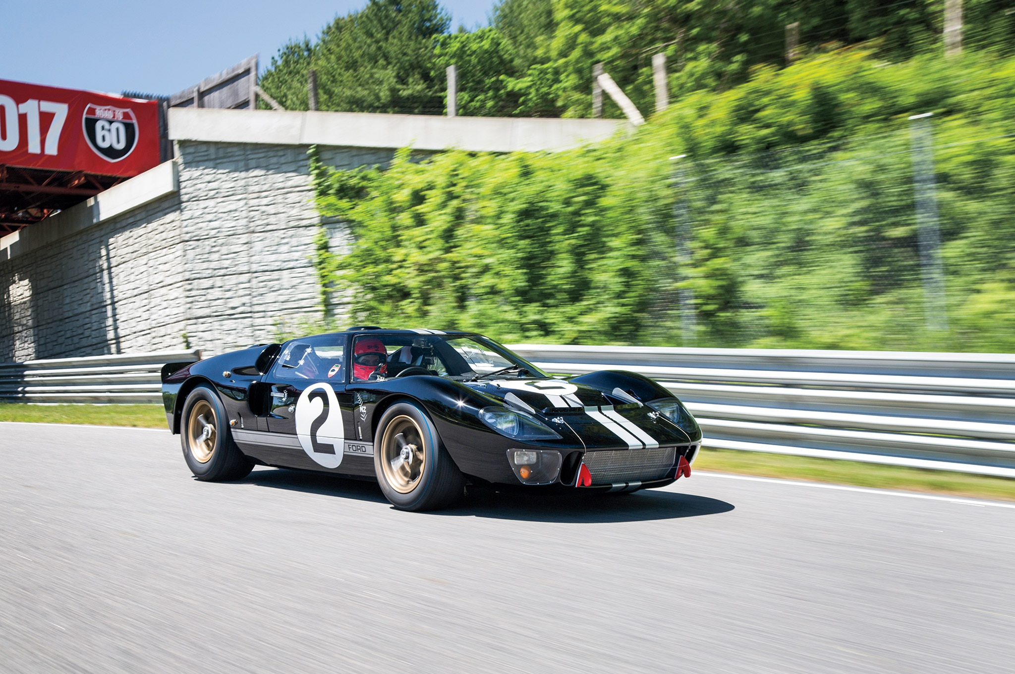 The First Ford Gt To Win Le Mans Gets A Proper Makeover