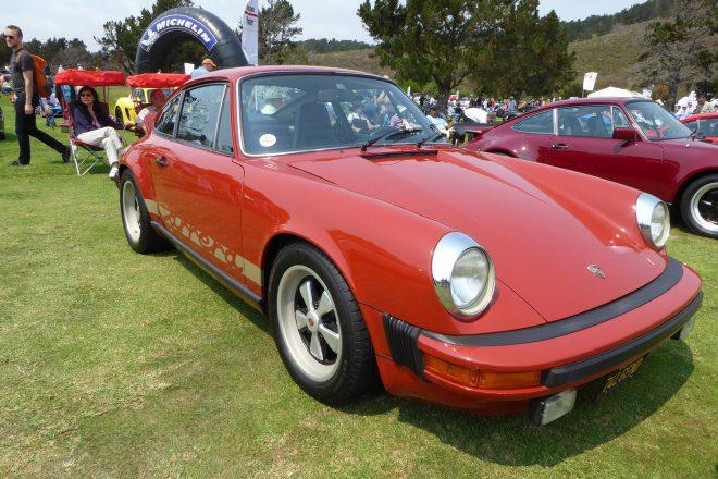 Porsche 911 Carrera front three quarter