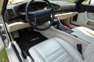 Porsche 944s2 Interior