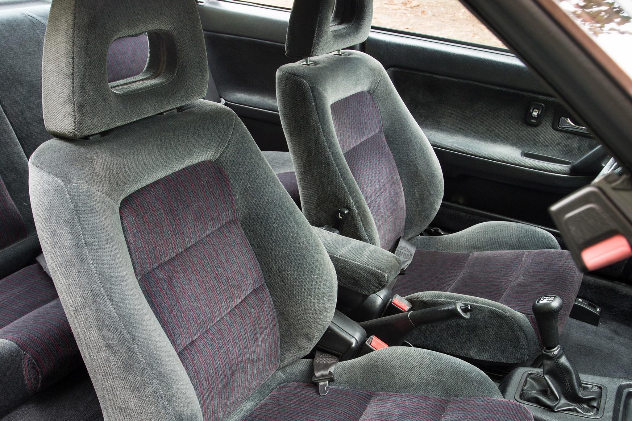Collectible Classic Acura Integra GSR Automobile Magazine - Acura integra gsr engine