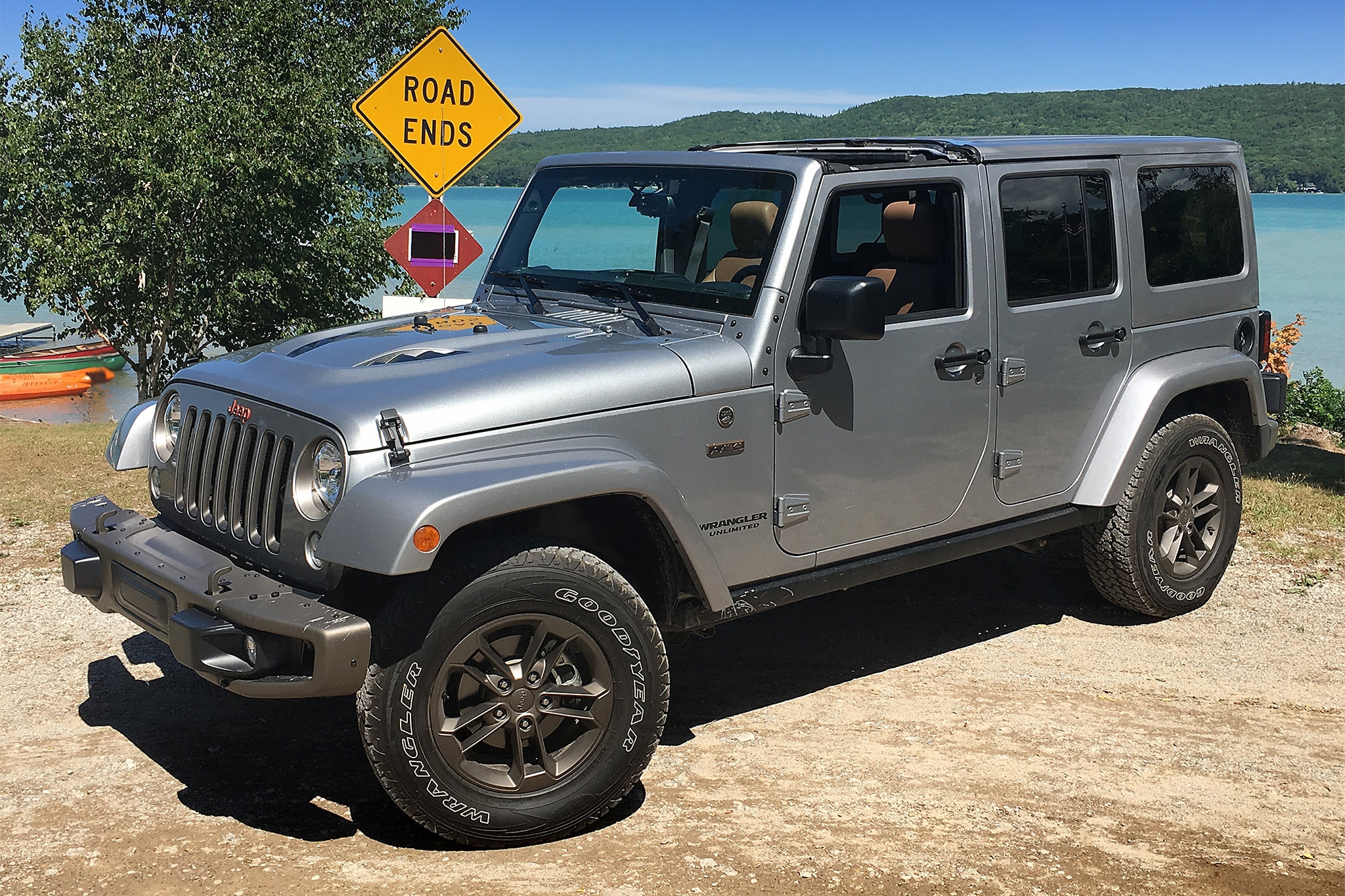 One Week With: 2016 Jeep Wrangler Unlimited 4x4 75th ...