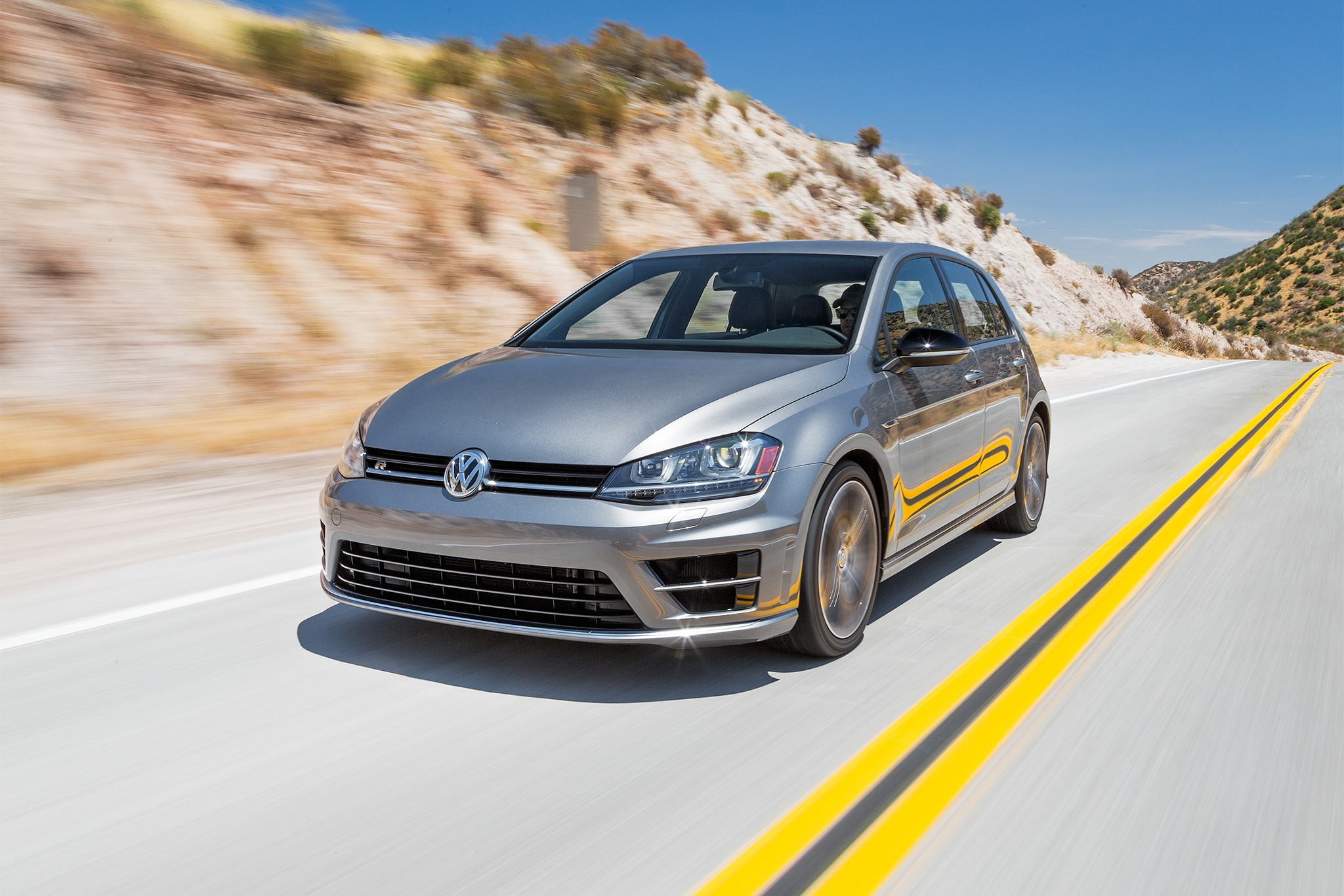 2016 Volkswagen Golf R Front Three Quarter In Motion 09