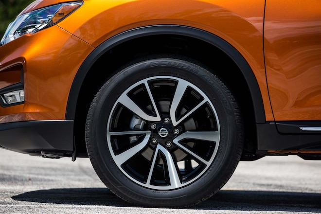 First Look: 2017 Nissan Rogue Hybrid | Automobile Magazine