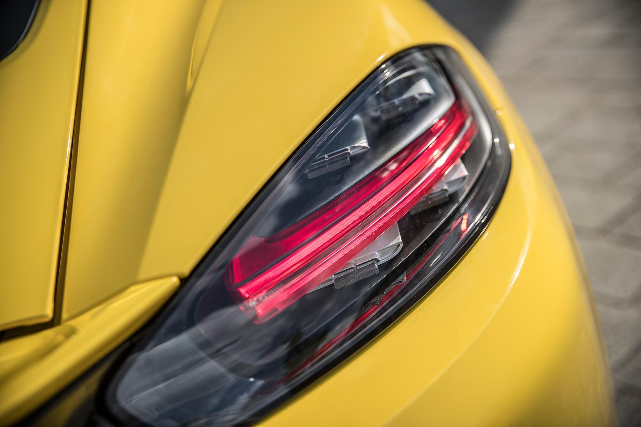 2017 Porsche Cayman S Tail Lamp