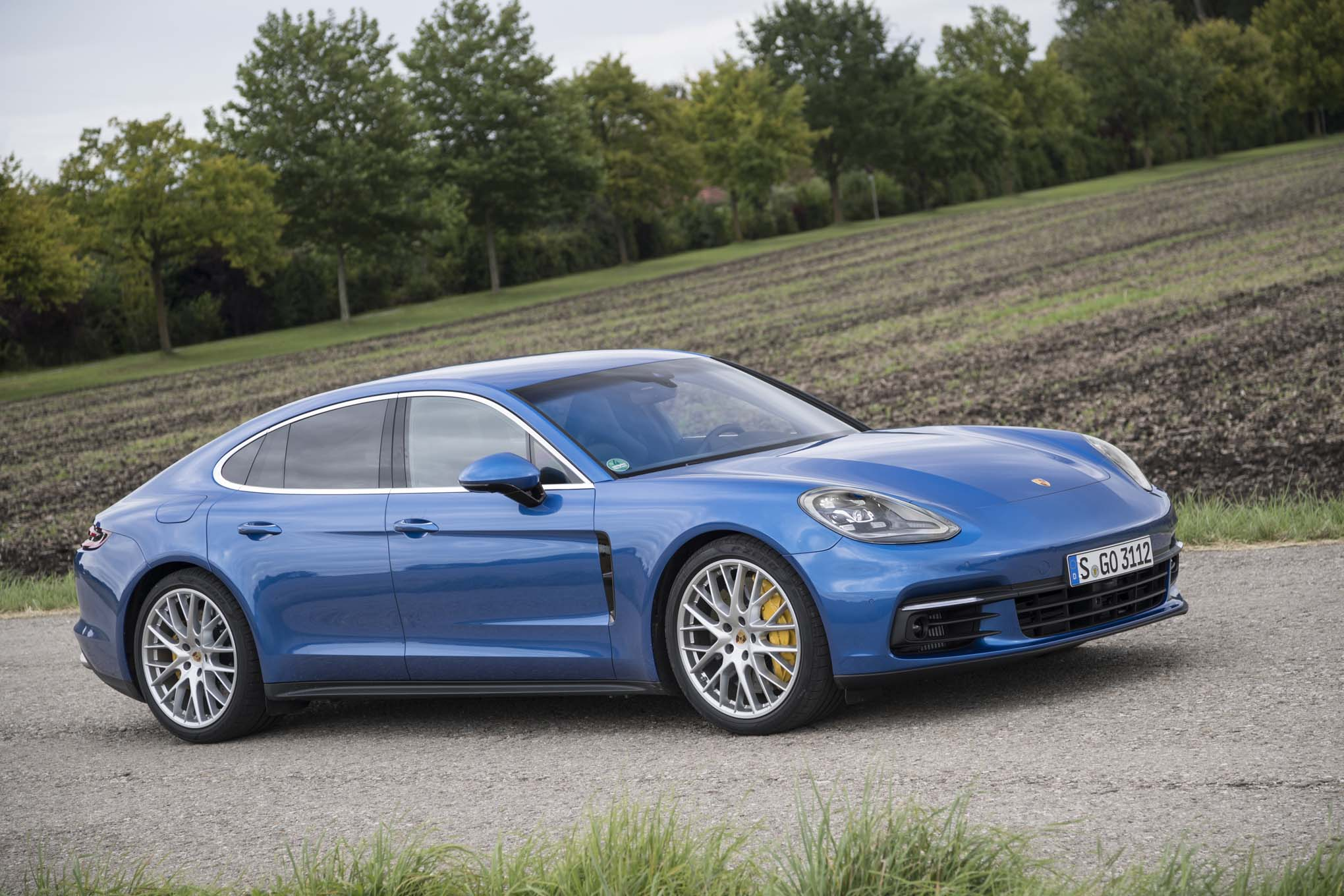 2017 Porsche Panamera 4s First Drive Review Automobile