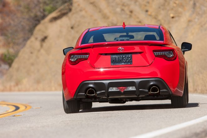 2017 Toyota 86 rear view in motion