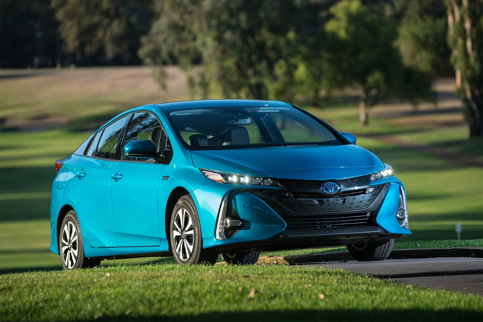 2017 Toyota Prius Prime Second Drive Roadtest Review Automobile