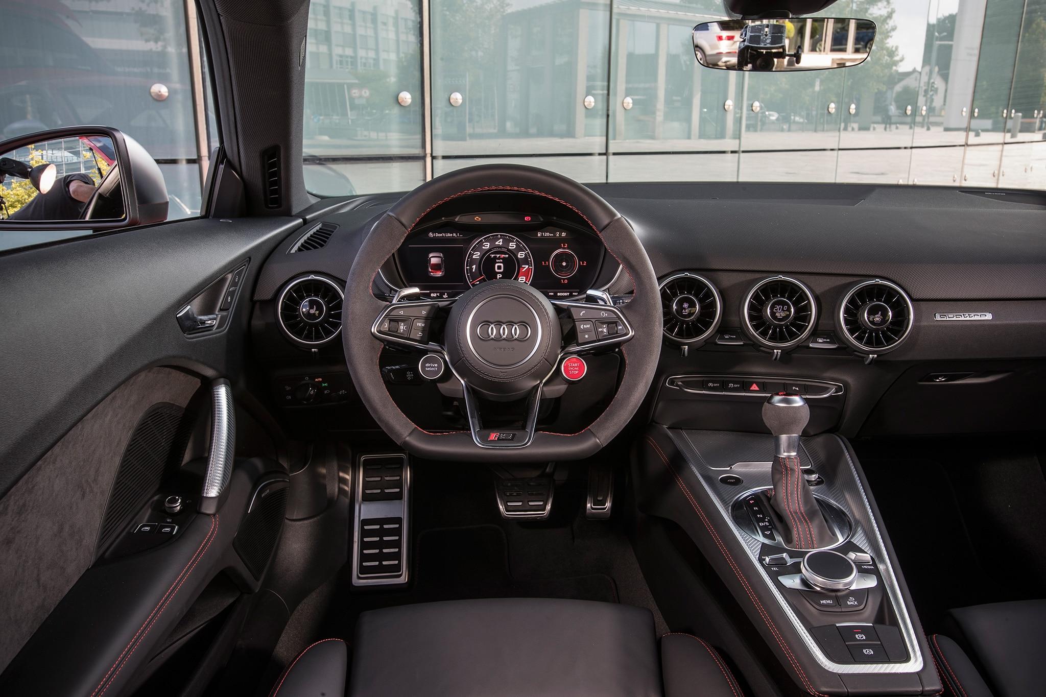 2018 Audi TT RS Dashboard