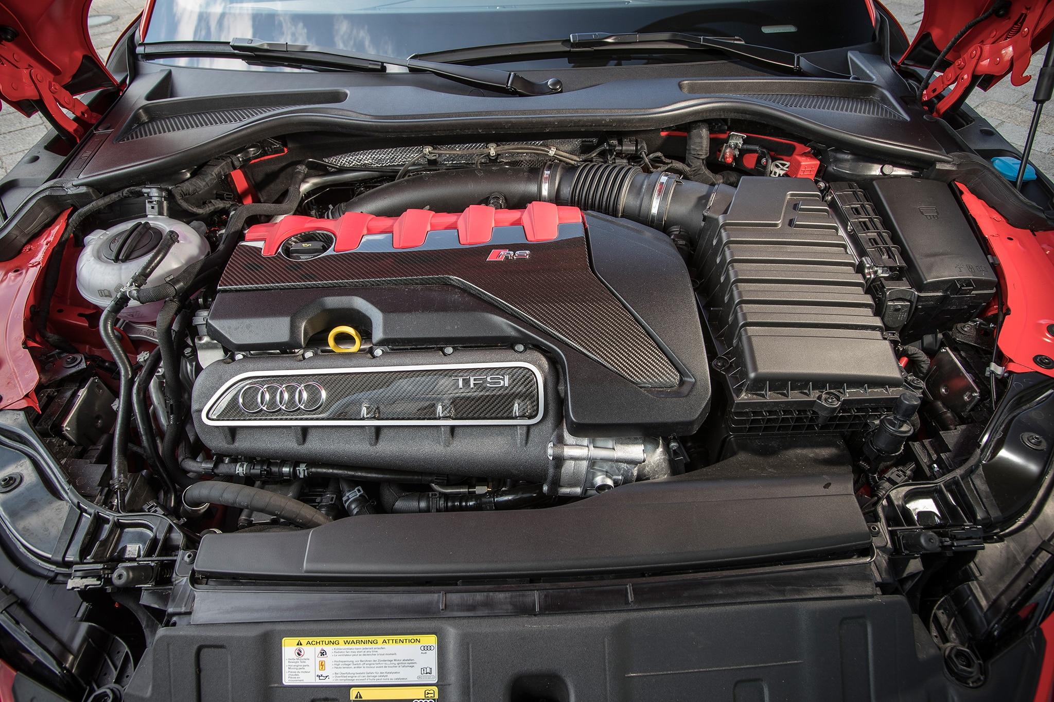 2018 Audi TT RS Engine