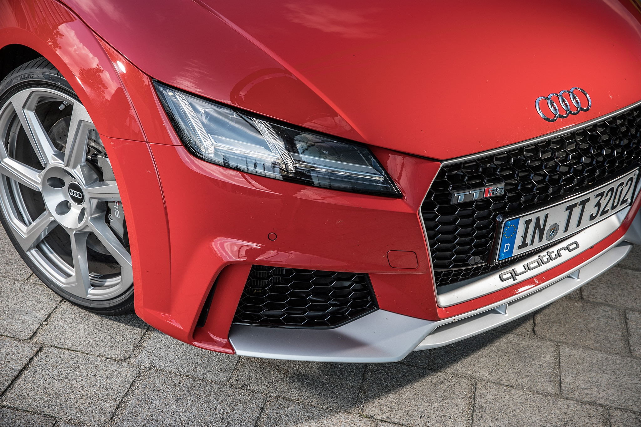 2018 Audi TT RS Front End Detail
