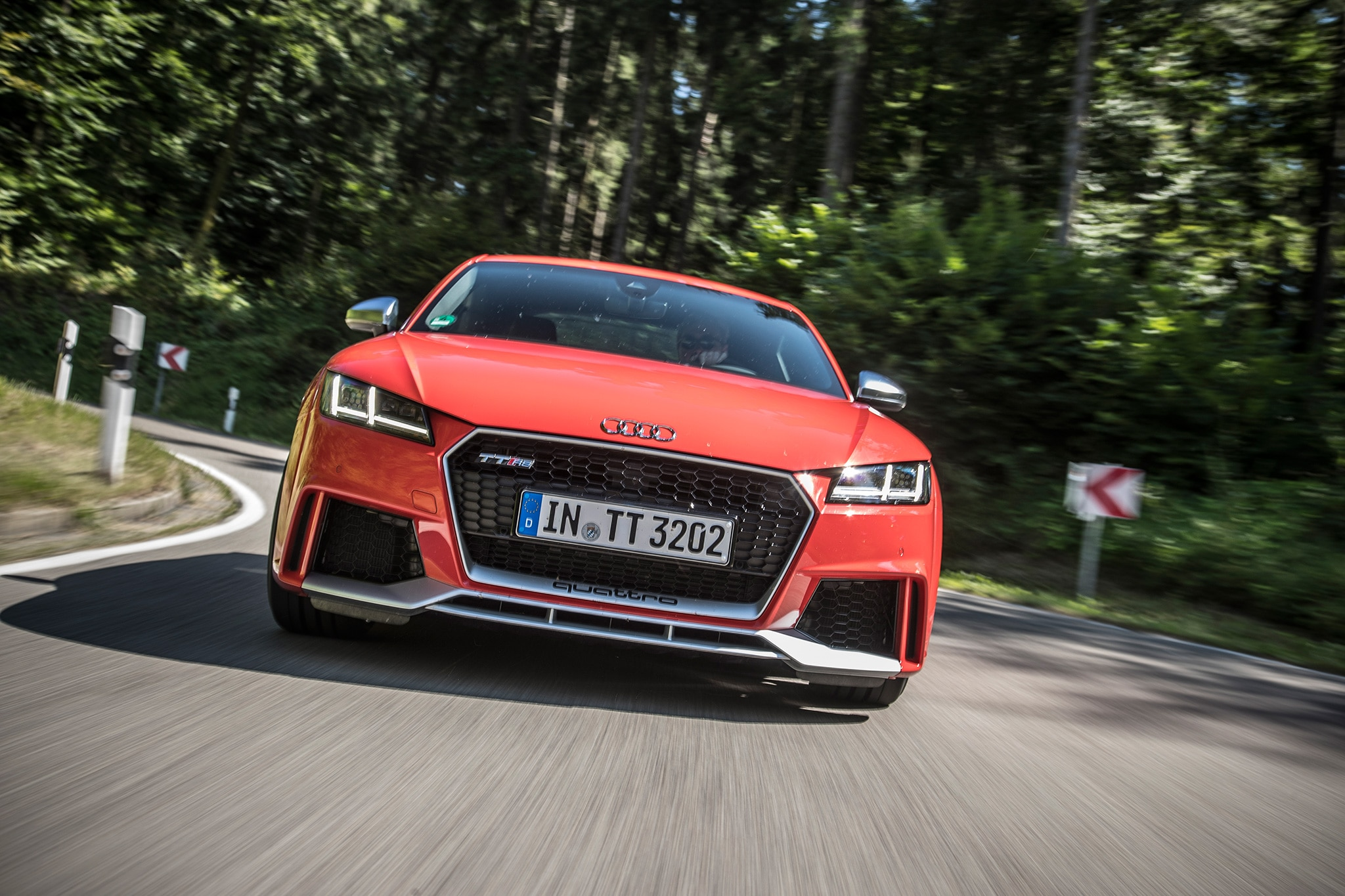 2018 Audi TT RS Front View In Motion 02