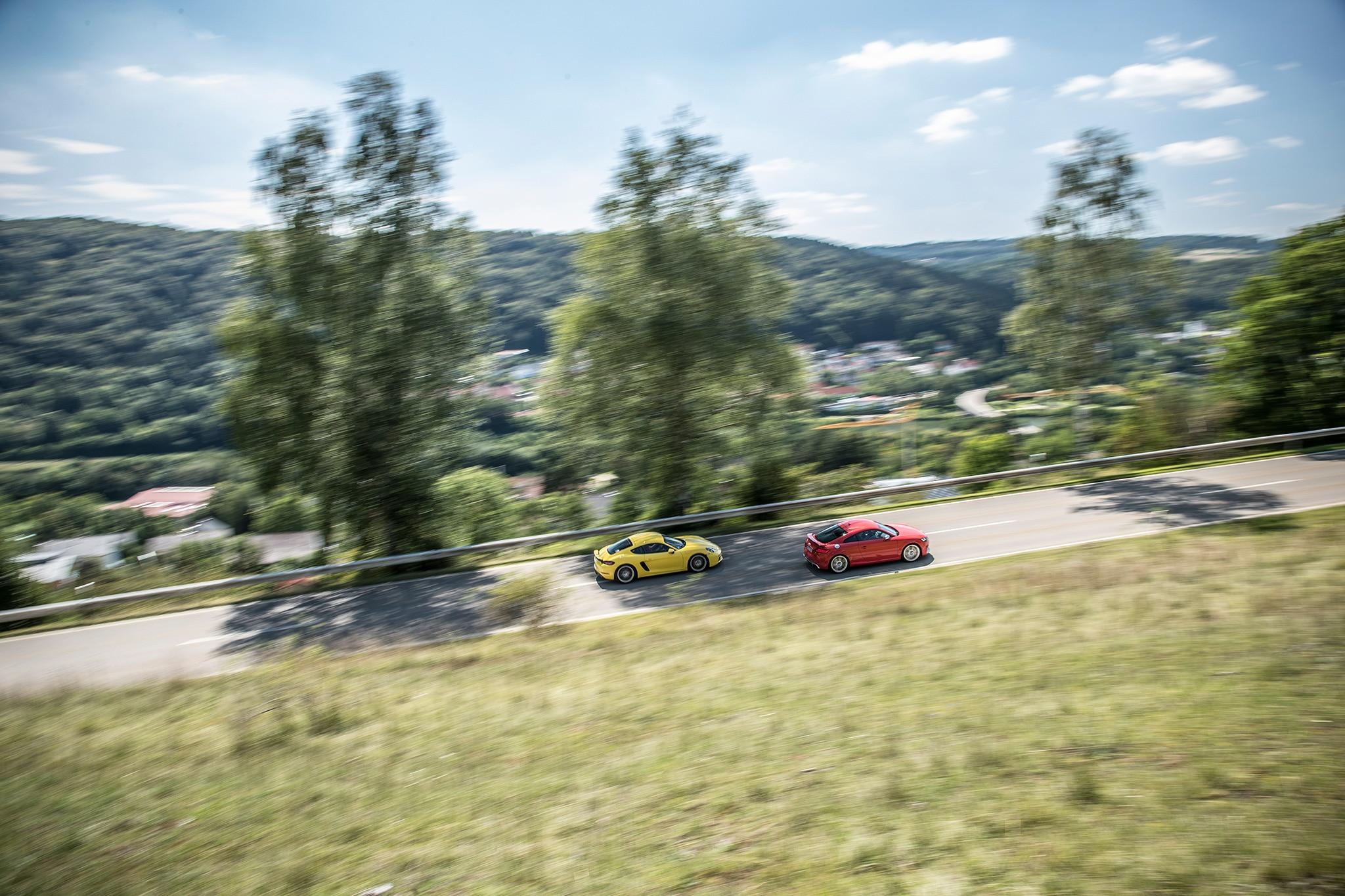2018 Audi TT RS Vs 2017 Porsche Cayman S 12