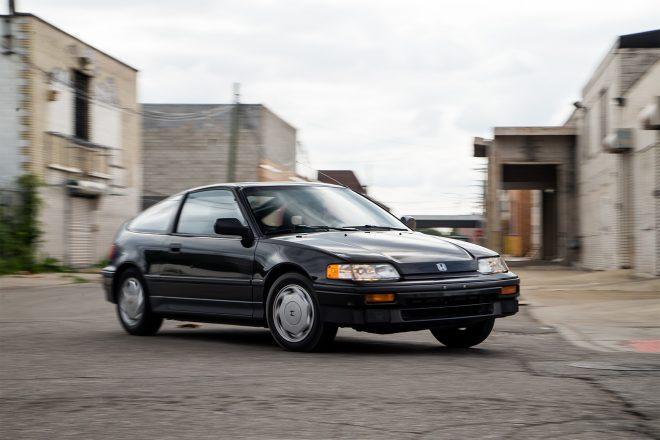 1988 Honda CRX Si front three quarter in motion 09