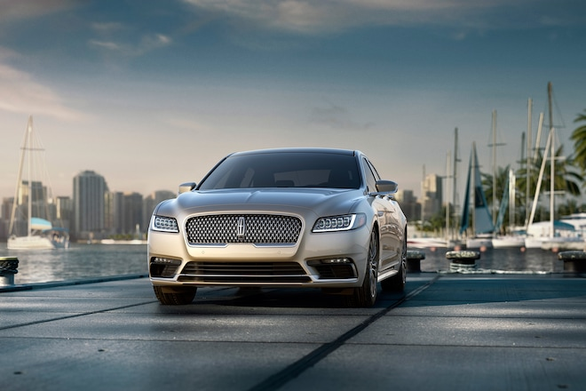 2017 Lincoln Continental Front View