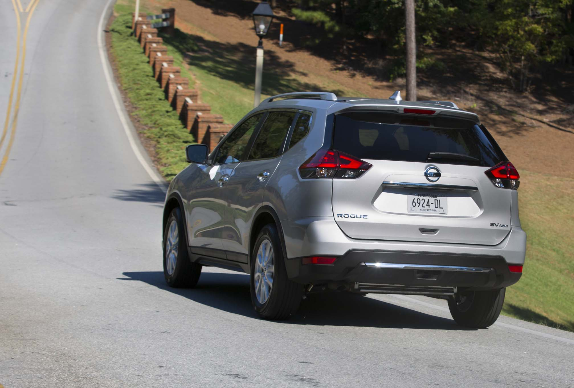 2017 Nissan Rogue Pricing Announced Begins At 24 760 Automobile