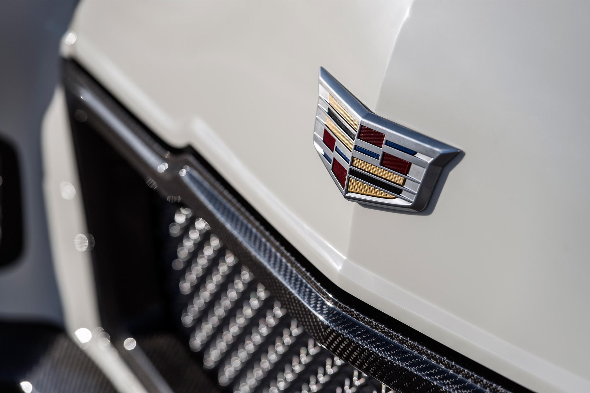 1948 Madam V Cadillac By Ringbrothers Badge 1
