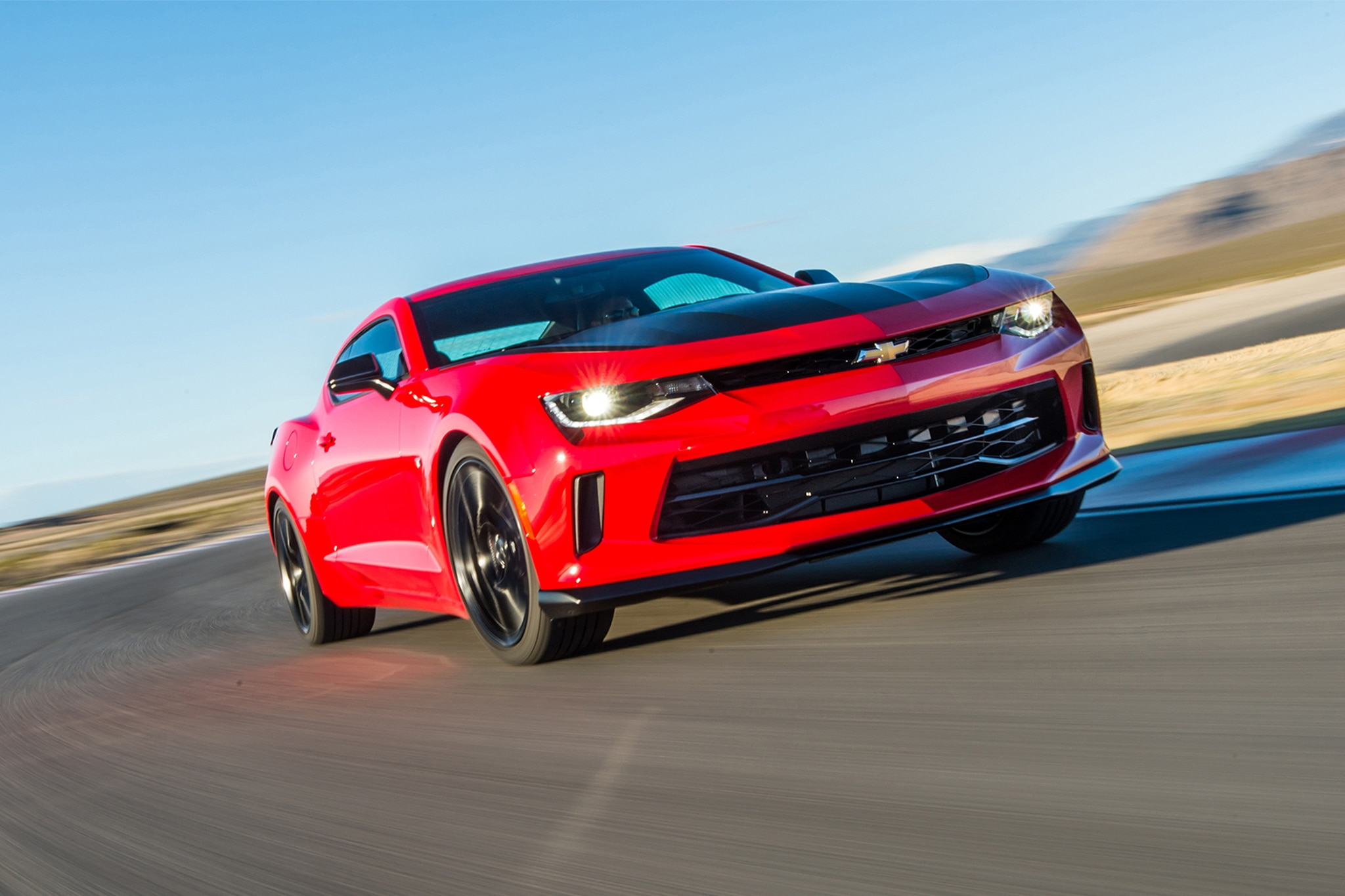 2017 chevrolet camaro v 6 1le first drive review automobile magazine2017 chevrolet camaro v 6 1le