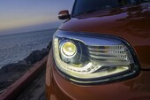 2017 Kia Soul Turbo headlight