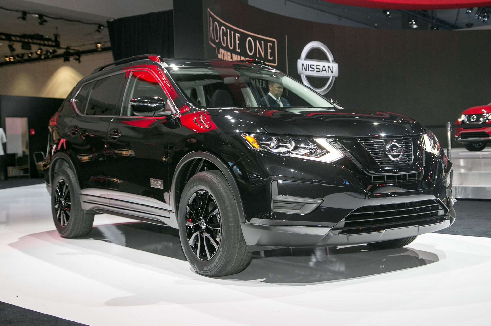 2017 Nissan Rogue Adds Rogue One Star Wars Limited Edition Package