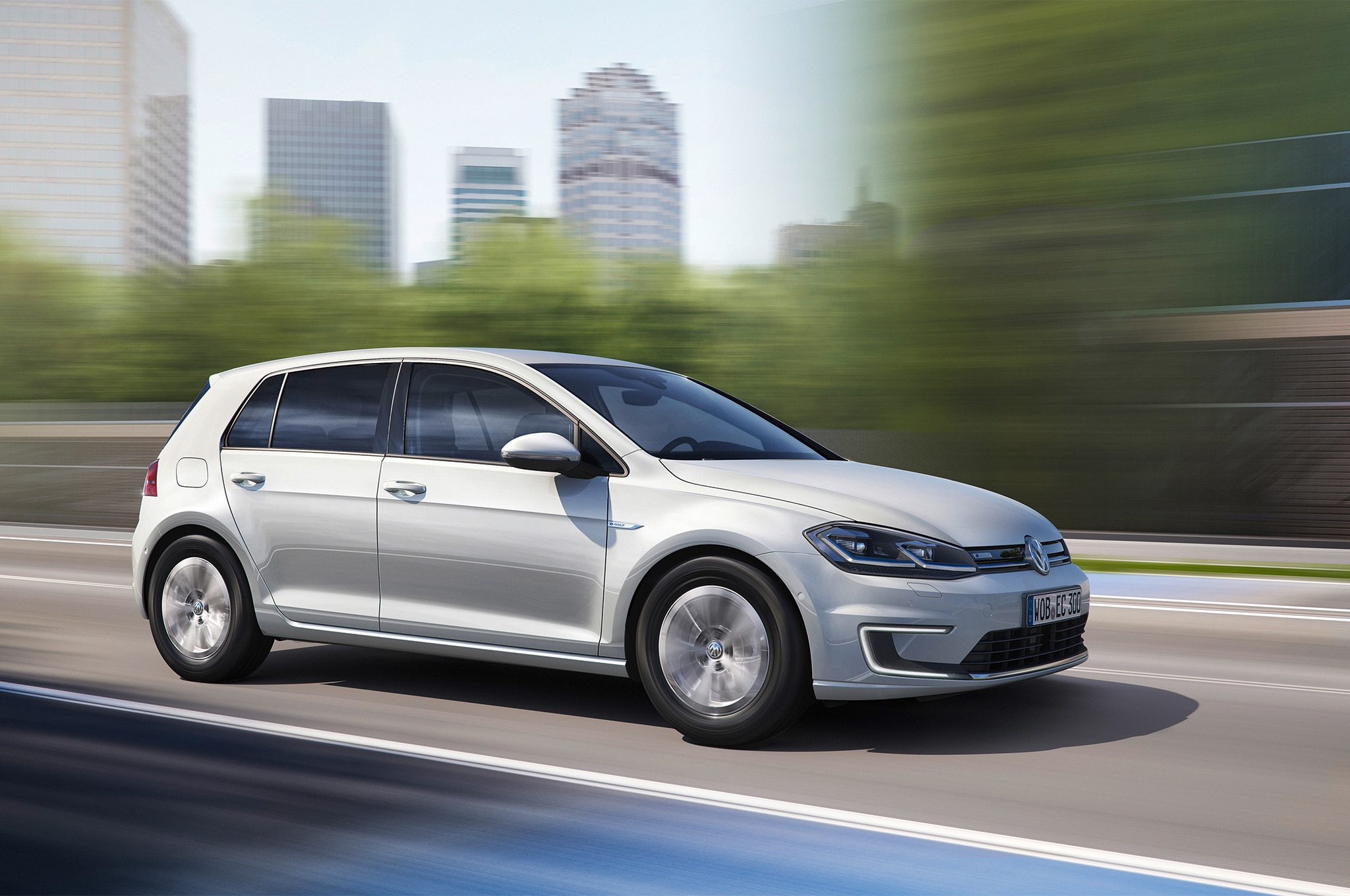 2017 Volkswagen E Golf Front Three Quarter In Motion