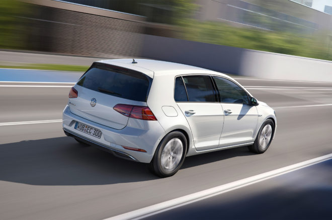 2017 Volkswagen e Golf rear three quarter in motion