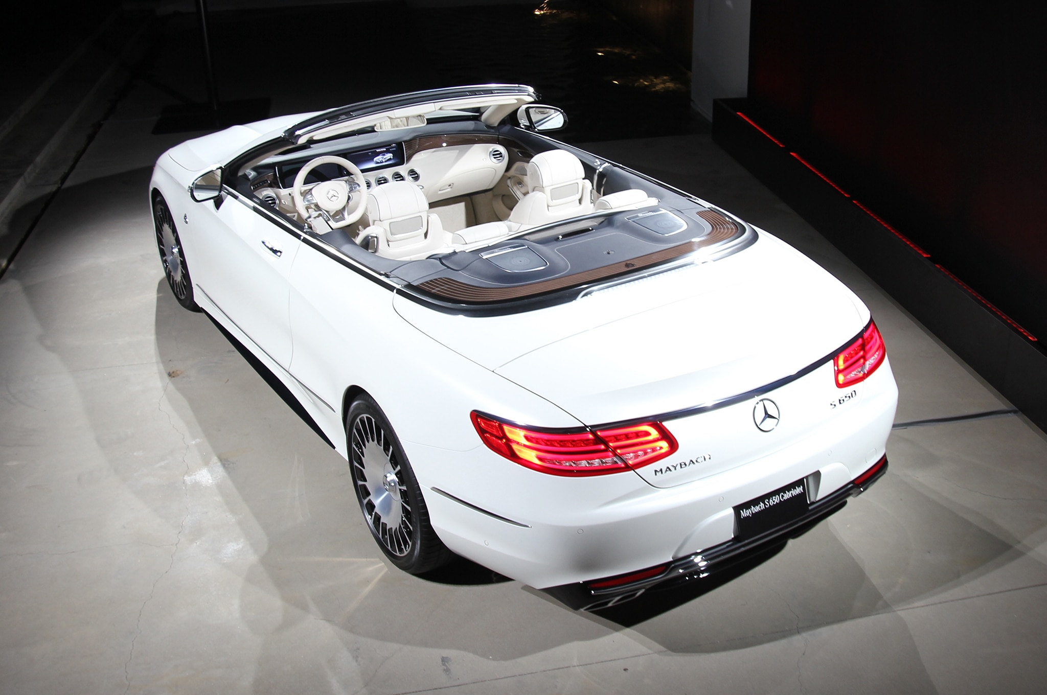 2018 Mercedes Maybach S650 Cabriolet Top View