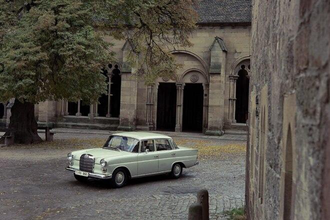 Mercedes Benz W110 Front Three Quarter 02