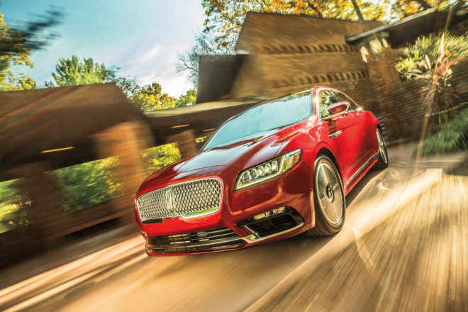 2017 Lincoln Continental front three quarter in motion 01